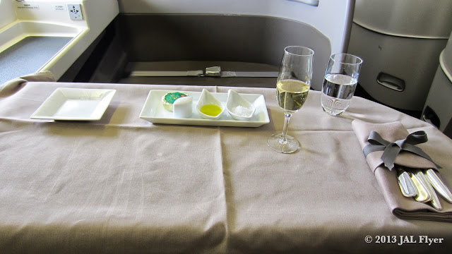 JAL First Class trip report on JL005: Table is prepped for the main meal service