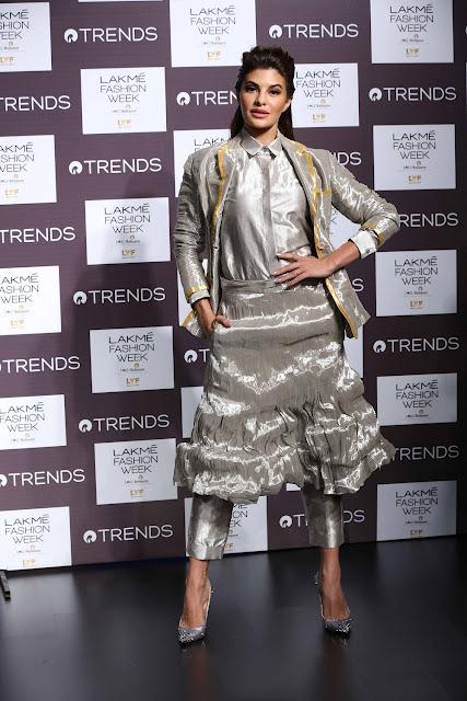 Jacqueline Fernandez Rajesh Pratap Singh Lakme Fashion Week Winter Festive 2016