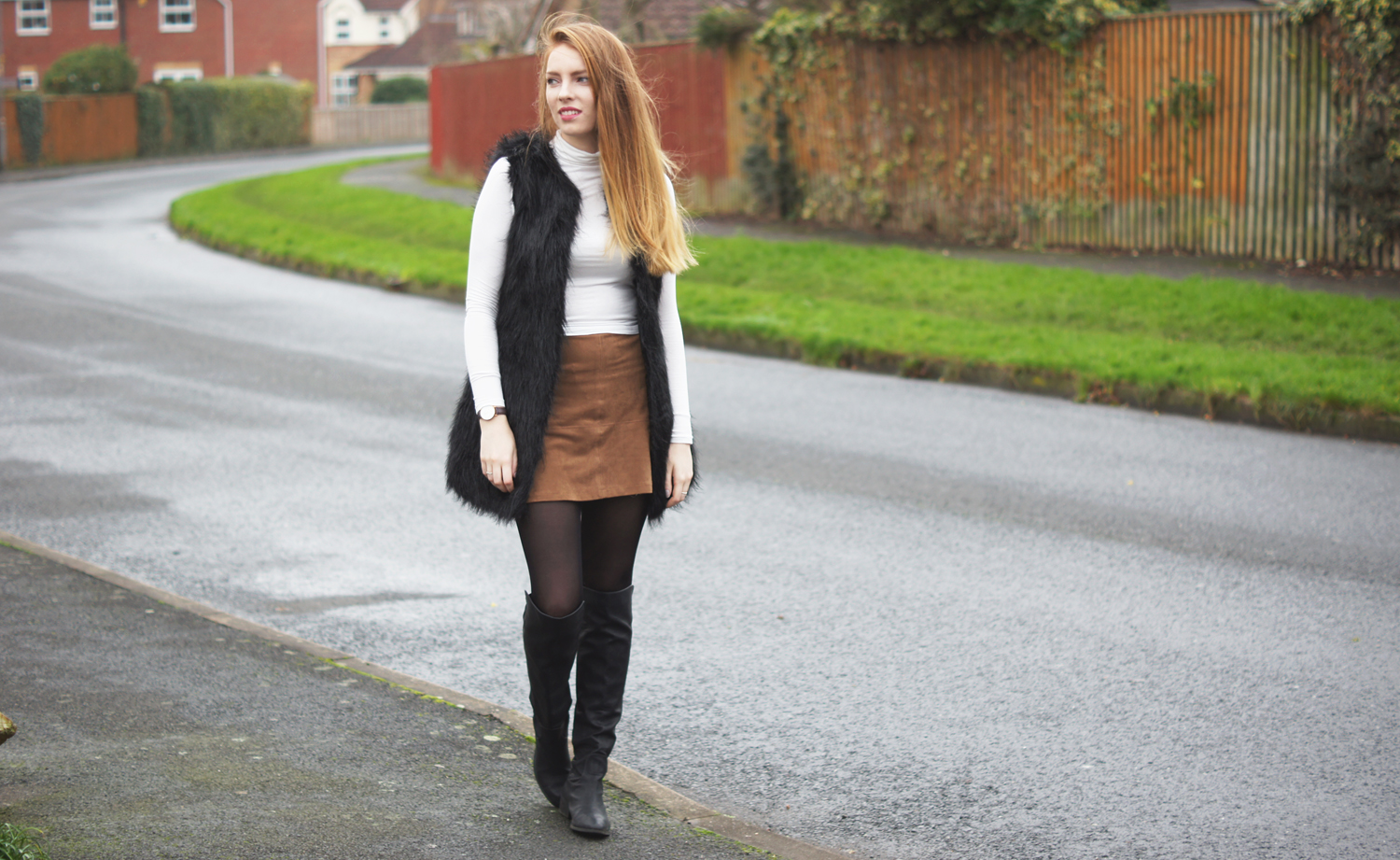 brown suede a-line skirt and black fur gilet boohoo