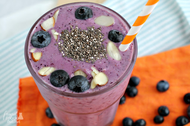 Boasting both anti-inflammatory & healing properties, this thick & creamy Blueberry Almond Chia Smoothie is just what your body needs to recover after a good sweat session.