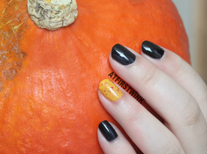 Halloween 2014 nails aritaum modi nail polishes black with pumpkin orange glitter