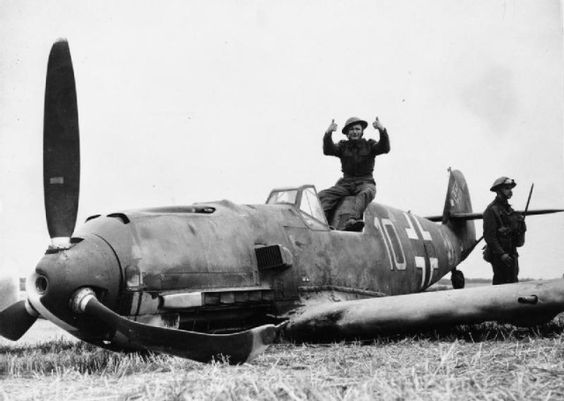 24 August 1940 worldwartwo.filminspector.com Bf 109E crash landed