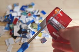Stop Gunakan Kartu Kredit Jika Anda Mengalami Hal Berikut Ini