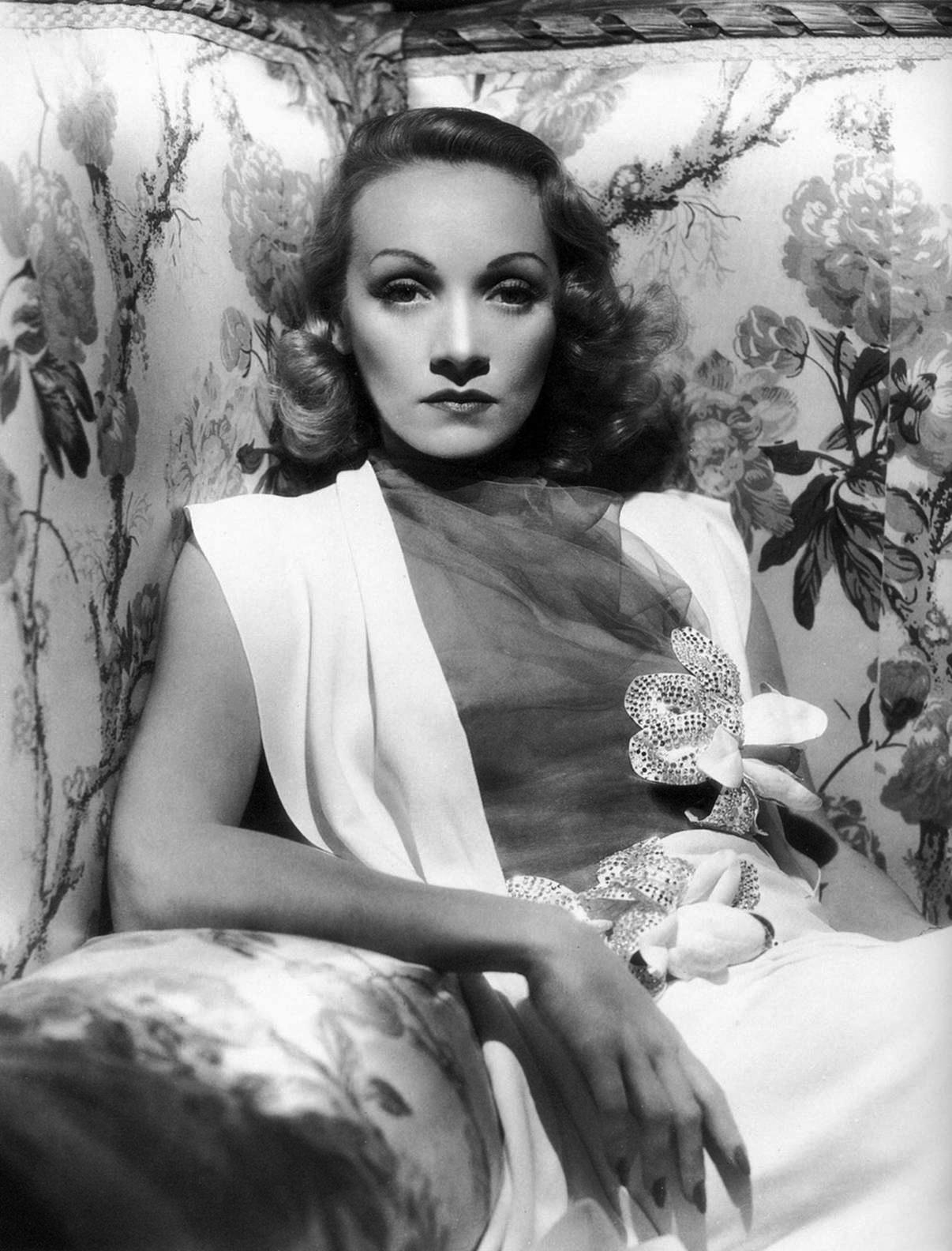 Marlene Dietrich Annex2: Dazzling Divas: Photo Portret Marlene Dietrich