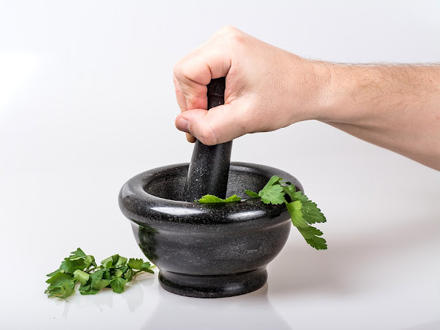 parsley in the mortar