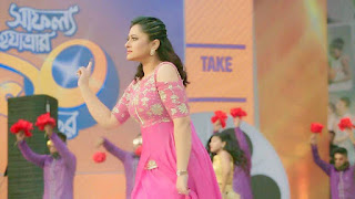 Bangladeshi Actress Purnima in Pink Dress 6