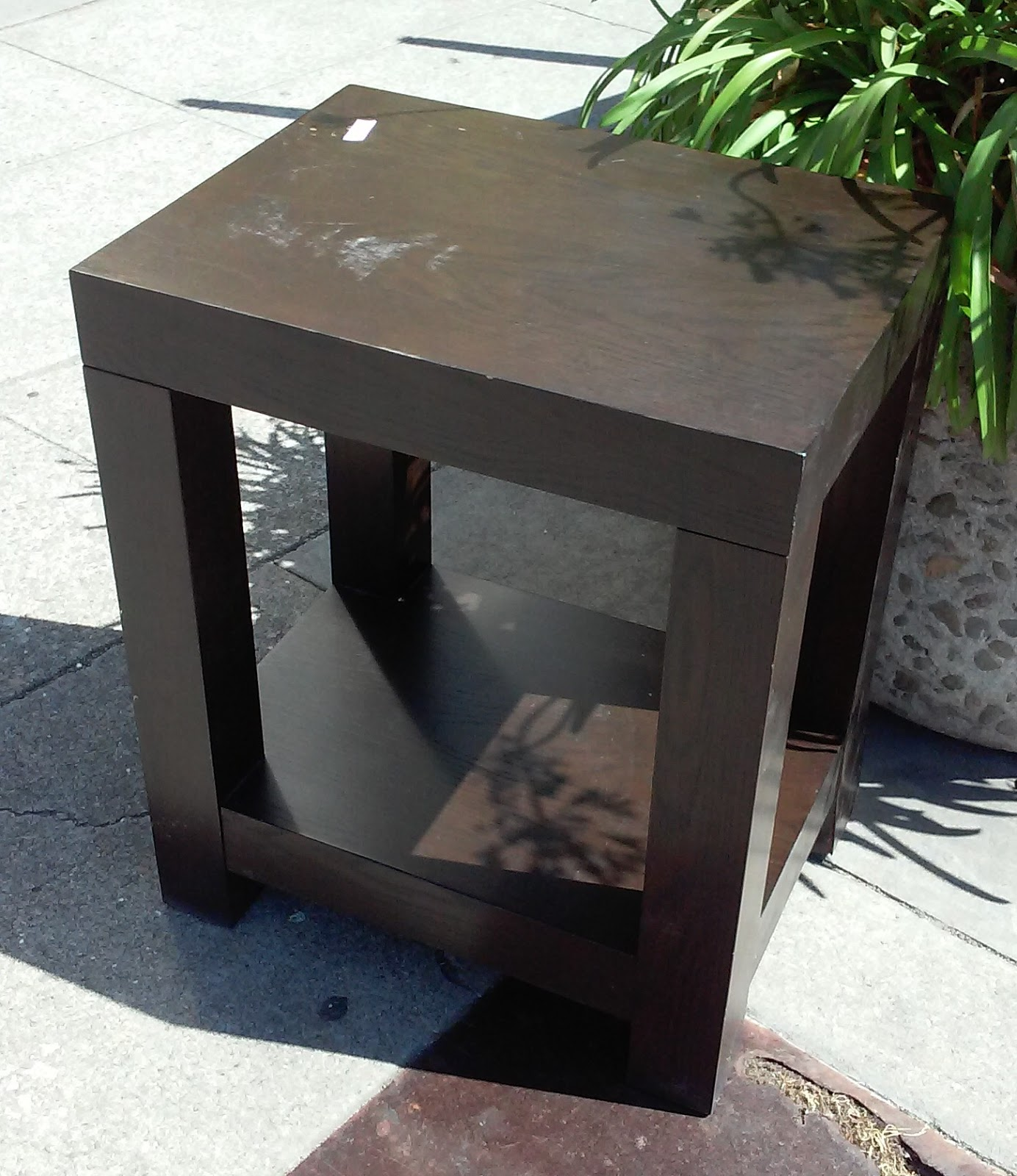 Uhuru furniture collectibles sold bargain buy 1043 for 12 wide side table