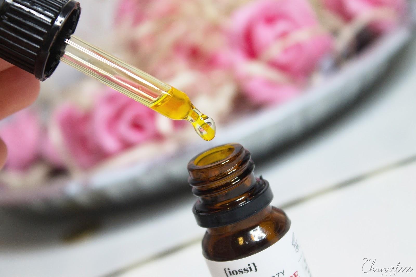 Iossi rozświetlające serum do twarzy
