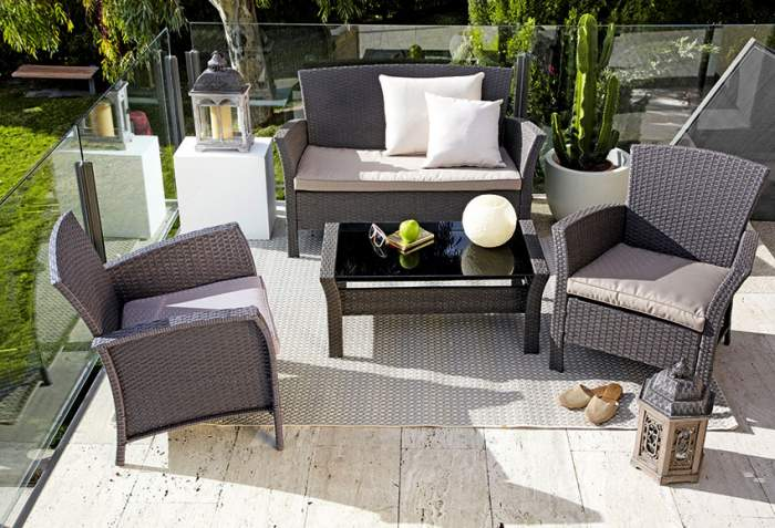 Muebles exterior tu blog made in spain for Muebles para porches