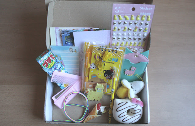 Unboxing Kawaii box may 2015