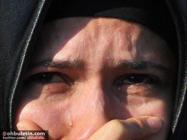 women, perempuan menangis, woman cry, woman