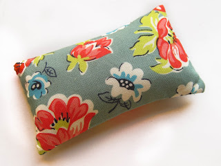 Buy Emery Pin cushion