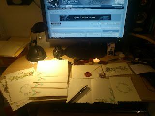 como hacer tus propias felicitaciones navideñas, tarjetas postales navideñas. diy tarjetas navideñas, como felicitar las navidades de forma personalizada, personal, chistmas card diy, les chistmas, como hacer tarjetas navideñas baratas, caligrafia, calligraphy card homemade calligraphy,