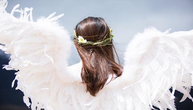 σημάδια που δείχνουν ότι είστε ένας Άγγελος στη Γη