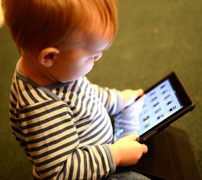 niños y nuevas tecnologías bebés tablet movil blog mimuselina