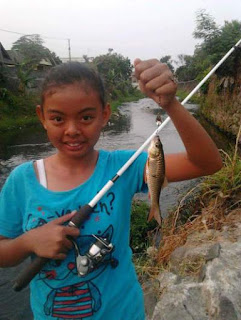 Pengenalan mancing secara dini bagi anak