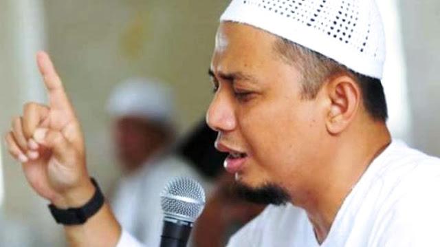 Ustadz Arifin Ilham : Waspadai Dosa Yang Lebih Halus Dari Langkah Semut