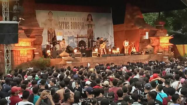 Iwan Fals Gelar Konser Situs Budaya Jatim - Trowulan