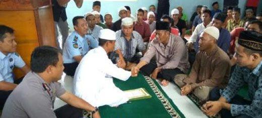 Akui Keindahan Ajaran Islam, Gembong Narkoba Ini Nyatakan Masuk Islam Di Lapas