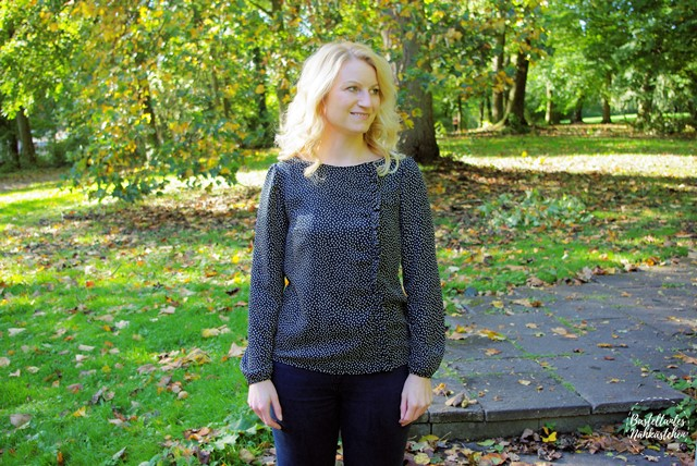 Bluse Greta mit Rüschen von FinasIdeen Nähblog