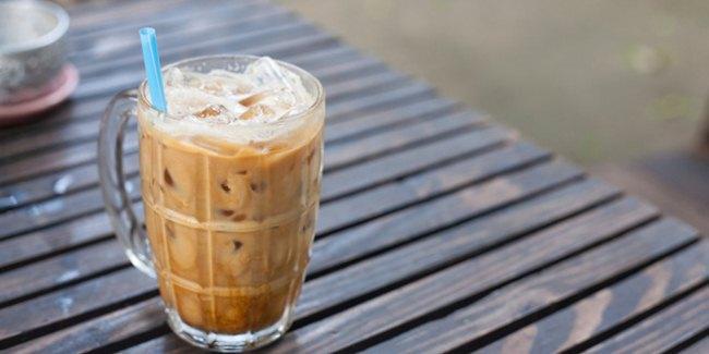 Es Kopi Lebih Sehat dari Kopi Panas? Ini Alasannya