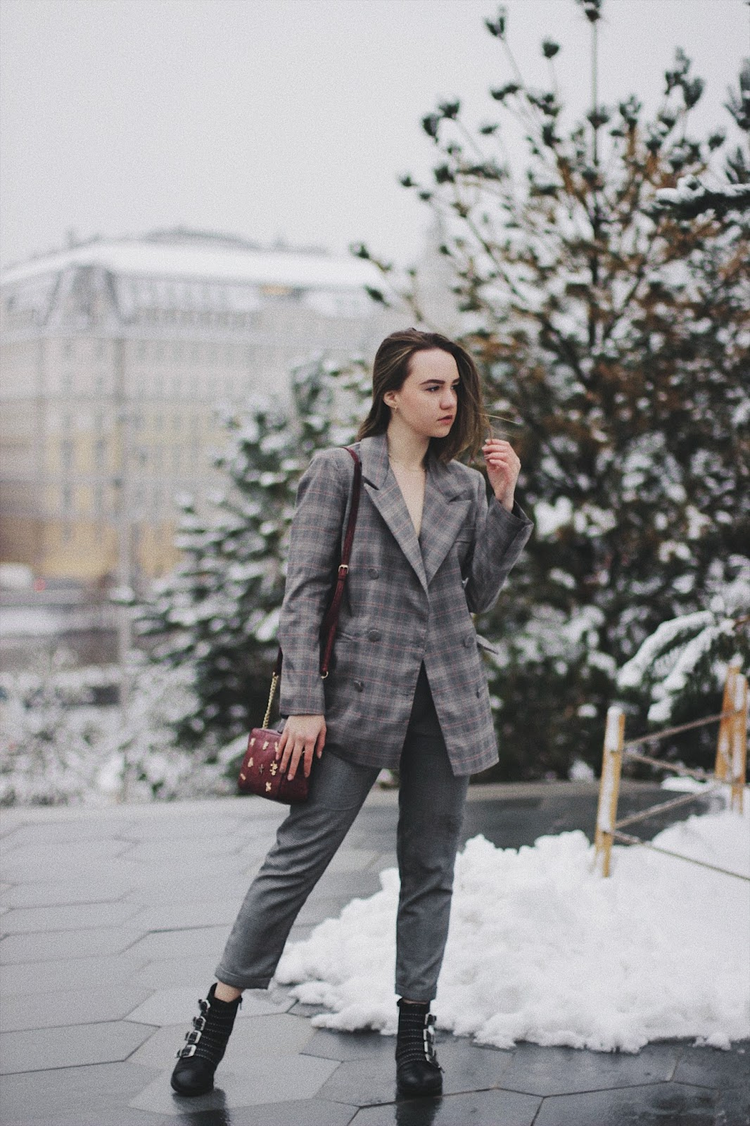 Fashion Blogger | Checked Suit