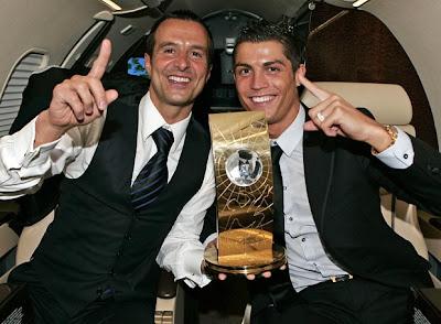 c429571399 O empresário português Jorge Mendes com o seu pupilo Cristiano Ronaldo