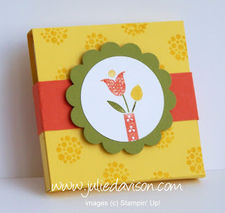 http://juliedavison.blogspot.com/2012/04/summer-smooches-3x3-note-holder.html