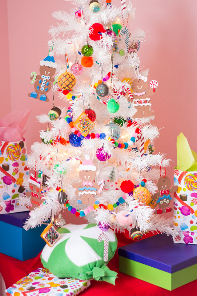 Create a candy and sweet treat themed Christmas tree filled with handmade ornaments with these fun craft ideas! #candytree #themedtree #Christmastree #Christmastreeideas #diyornaments #candyornaments #christmasornaments