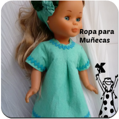 Ropa de muñecas en tela