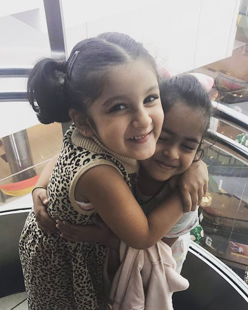 Mahesh babu daughter Sitara Cute Latest photos