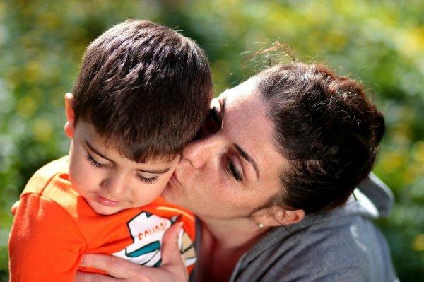 Dua Hal Ini Tak Boleh Dilupakan Dalam Mendidik Anak