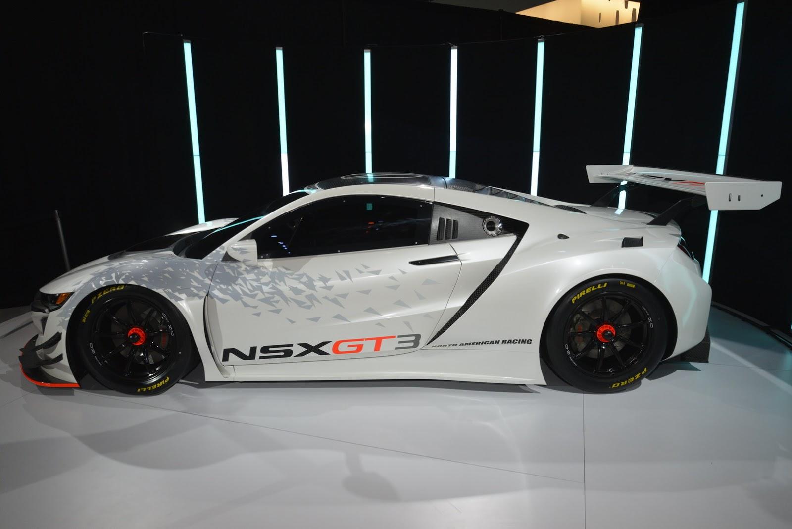 Siêu xe Acura NSX GT3 2017 đẹp mê hồn tại New York Auto Show