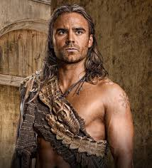 Dustin Clare Height - How Tall