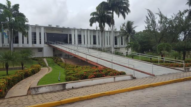 Governo do RN anuncia pagamento de salários de até R$ 4 mil