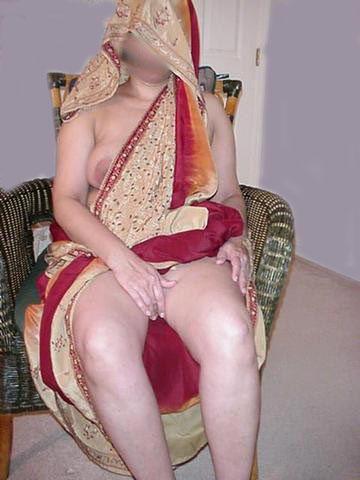 aunties naked gaand