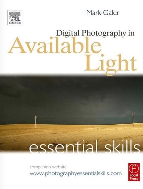 Portada libro: Essential skills digital photography in available light