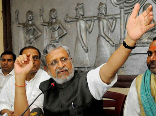 tejaswi-can-not-defens-as-minor-sushil-modi