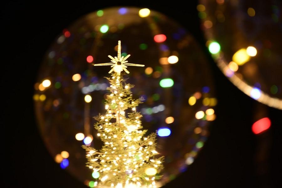 Την Κυριακή η φωταγώγηση του Χριστουγεννιάτικου δέντρου στην Τούμπα