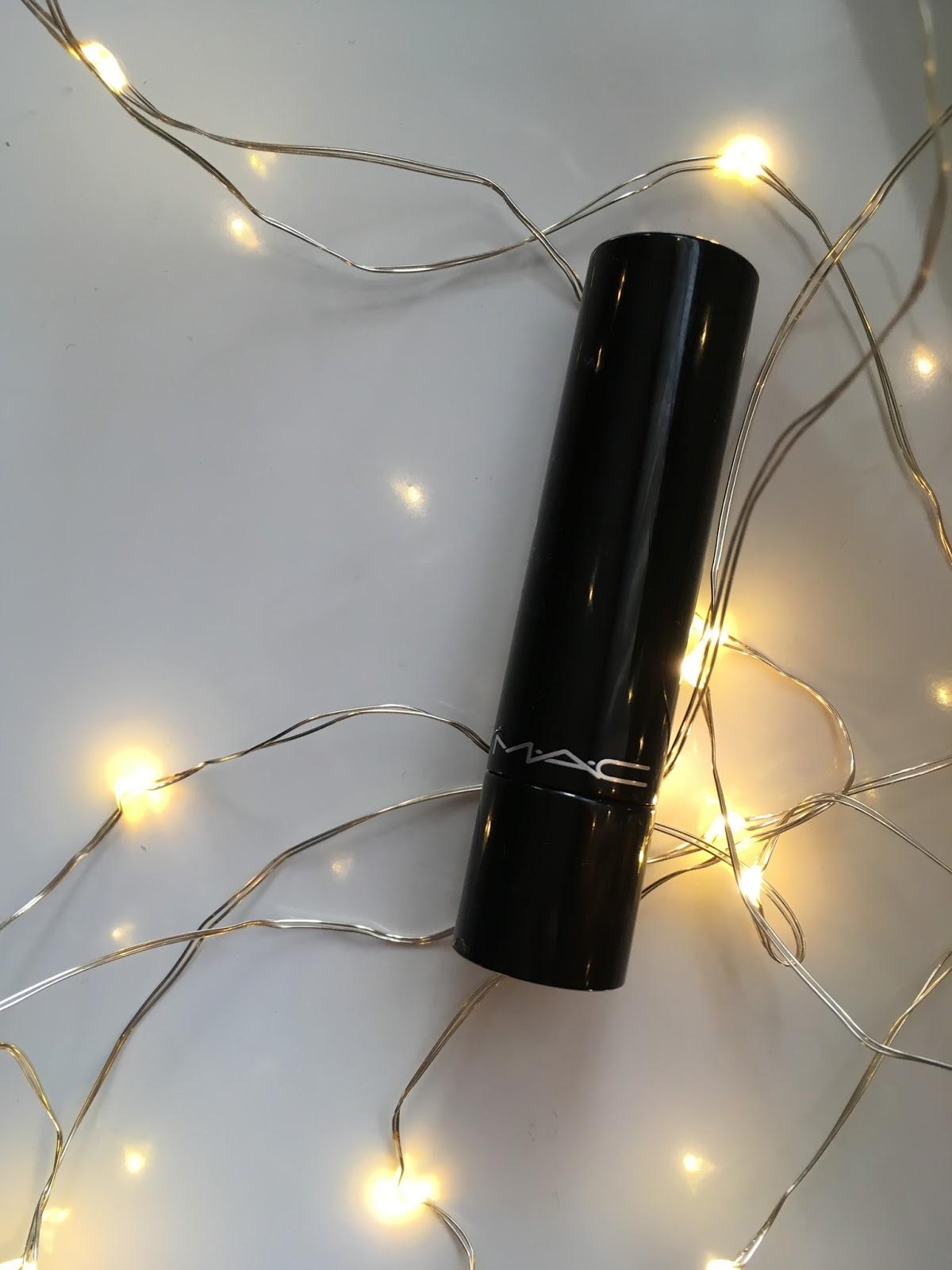 Mac, Rimmel - fioletowa szminka