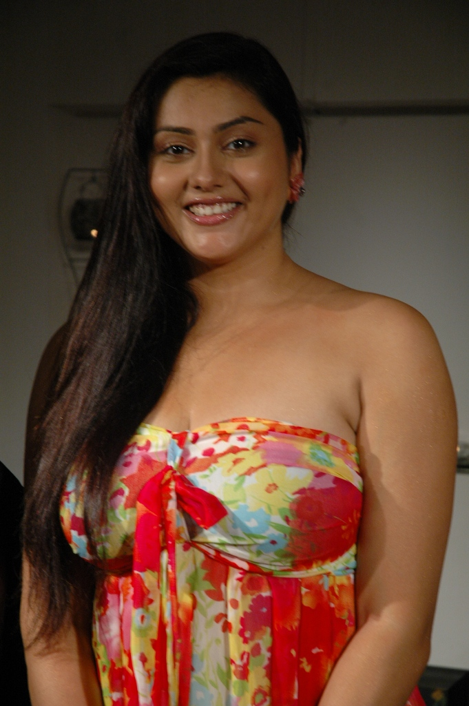 Tamil Hot Actress Namitha New Photoshoot Stills  South -3826
