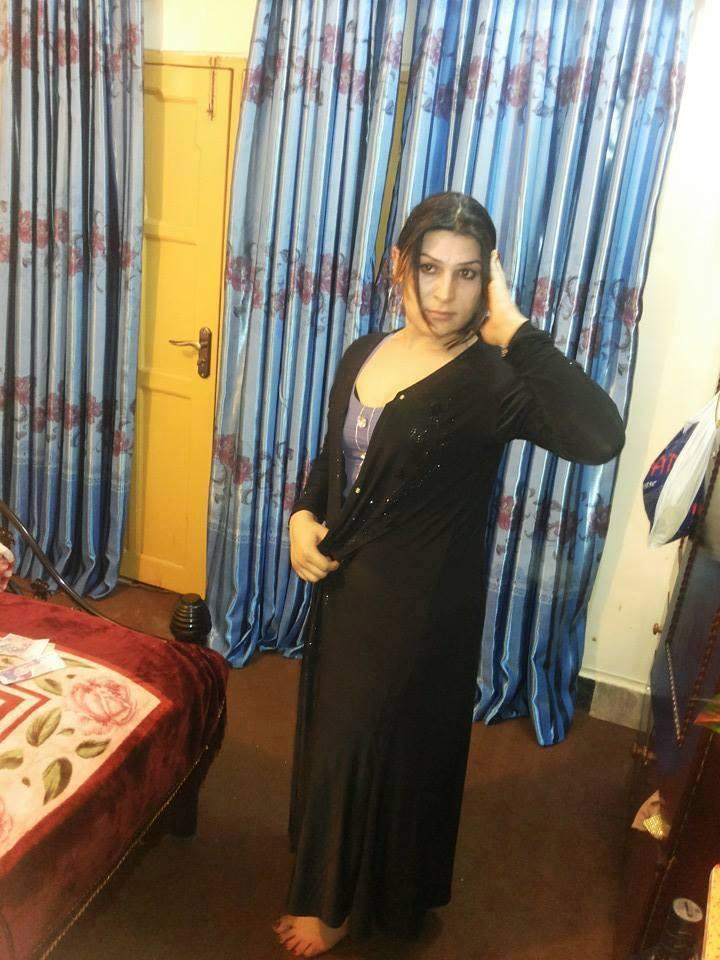 Pakistani Desi Hot Sexy Bikini Shemale Collection Photo 2015: