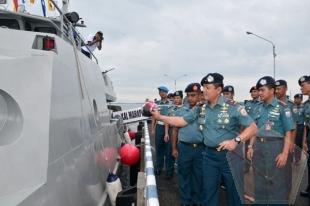 Komandan Pangkalan Utama Angkatan Laut IV Resmikan Kal Marapas II-4-65 - Commando