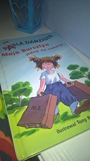 """""""Maja Bursztyn jedzie na wakacje"""" Paula Danziger"""