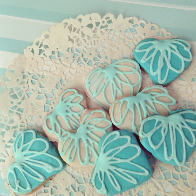 Valentine heart cookies in blue