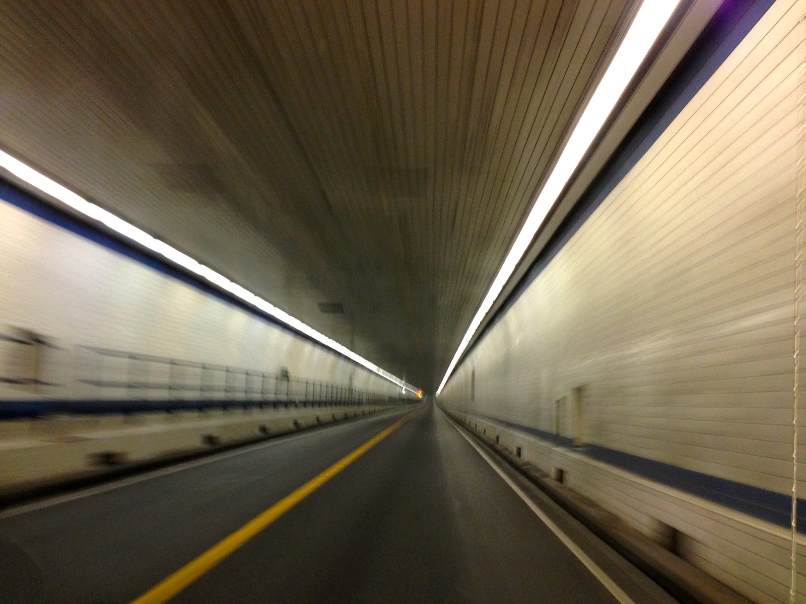 the bay bridge tunnel Virginia beach, va (wavy) — the driver of a tractor-trailer that went over the side of the chesapeake bay bridge-tunnel (cbbt) thursday afternoon died after being.