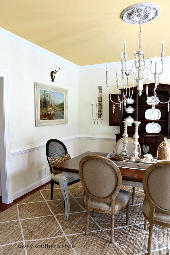 Savvy southern style fluffing the dining room for Southern dining room
