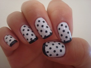 Черно-белая фантазия. Дизайн ногтей