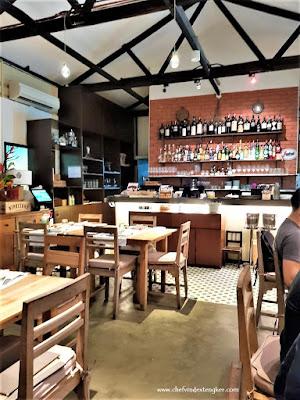 PIETRA SANTA – Singapore, vindex tengker