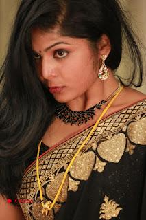 Paarka Thonuthe Tamil Movie Stills  0013